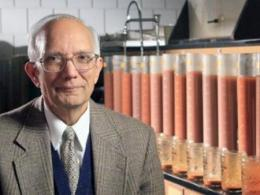Professor Lal was recently profiled as one of Thomson Reuters' Highly Cited Researchers. (Photo: CFAES)